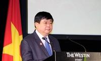 Premierminister Nguyen Xuan Phuc nimmt an der Eröffnung des VOV-Vertretungsbüros in Australien teil