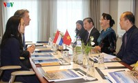 Parlamentspräsidentin Nguyen Thi Kim Ngan trifft Direktor des Hafens von  Rotterdam