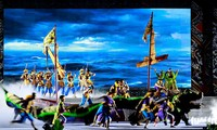 Vietnamesische Geschichten per traditioneller Kunst erzählen