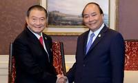 Premierminister Nguyen Xuan Phuc nimmt an ACMECS-Konferenz teil