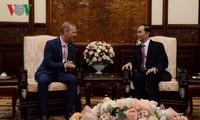 Staatspräsident Tran Dai Quang empfängt neue Botschafter