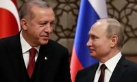 Russland und die Türkei diskutieren die Lage in Syrien