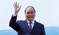 Premierminister Nguyen Xuan Phuc nimmt an CIIE 2018 teil