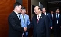 Premierminister Nguyen Xuan Phuc nimmt an Einweihung des Büros für Handel in Hangzhou