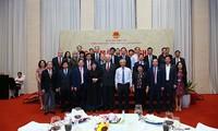Vizeparlamentspräsident Uong Chu Luu trifft Vietnam-Russland Abgeordnetengruppe
