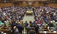 Britische Wirtschaft sinkt um 9,3 Prozent bei Brexit ohne Vereinbarungen
