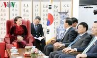 Parlamentspräsidentin Nguyen Thi Kim Ngan empfängt ehrenamtlichen Generalkonsul Vietnam in Südkorea