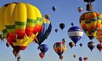 Eröffnung des Festivals mit Luftballons in Hue