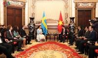 Funktionäre von Ho Chi Minh StadtempfangenKronprinzessin von Schweden