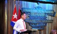 Vietnamesische Unternehmer besuchen Kuba