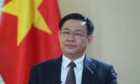 Vizepremierminister Vuong Dinh Hue besucht Myanmar und Südkorea