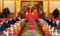 Chinesische Spitzenpolitiker sprachen sich für enge Beziehungen mit Vietnam aus
