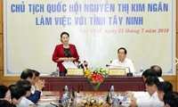 Parlamentspräsidentin Nguyen Thi Kim Ngan ist zum Arbeitsbesuch in Tay Ninh