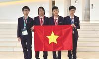 Vietnamesische Schüler erzielen zwei Goldmedaillen bei internationalen olympischen Wettbewerben in Informatik