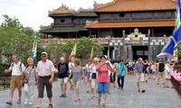 베트남 다시 찾은 해외 관광객 비율