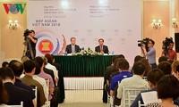 WEF ASEAN 2018의 자취