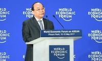 Nguyen Xuan Phuc총리, 2019년 베트남경제포럼 참석