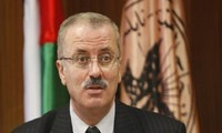 Reshuffled Palestinian cabinet holds first meeting in Ramallah
