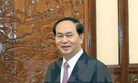 Presidente de Vietnam insta a mayor coordinación con Interpol
