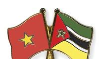 Altos dirigentes vietnamitas felicitan Día Nacional de Mozambique