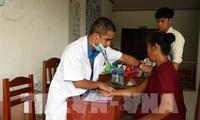 Vietnamitas ayudan a Laos a superar consecuencias del colapso de presa hidroeléctrica