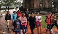 Siguen aumentando número de turistas extranjeros a Vietnam