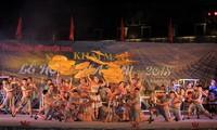 Provincias vietnamitas reciben a cientos de miles de turistas en días festivos