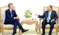 Premier de Vietnam afirma el apoyo a las actividades del grupo alemán SAP