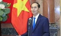 Embajadas de Vietnam en varios países homenajean al presidente Tran Dai Quang