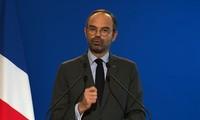 Premier francés exige diálogo y unidad nacional