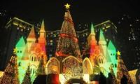 Hanói en fiestas navideñas