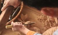 Descubren aldea de talla sobre madera de Dong Giao