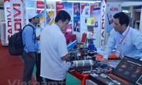 Cooperación económica es impulso para desarrollo de relaciones Vietnam-Camboya