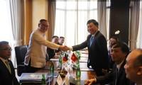 Vietnam y Filipinas debaten medidas para impulsar lazos de cooperación
