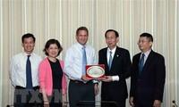 Ciudad Ho Chi Minh fortalece la cooperación con el grupo Intel