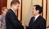 Dirigentes vietnamitas y rusos promueven mayor cooperación petrolera