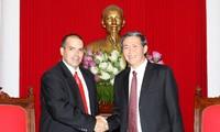Vietnam y Cuba intensifican cooperación en campo informativo