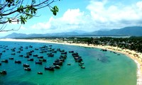 Bahía de Xuan Dai: tesoro impresionante en Centro de Vietnam
