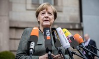 German Chancellor refuses to resign, ready for new elections