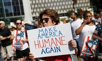 Thousands march in the US to protest Trump's immigration policy