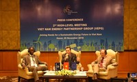Vietnam works for green, sustainable energy development