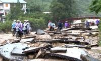 홍수로 계속적 인명 및 재산 손실