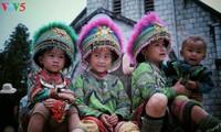 베트남 시골의 따뜻하고 소박한 가정의 행복 화보