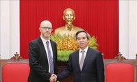 Nguyen Van Binh중앙경제위원회 위원장, Facebook, Apple, Coca Cola그룹들 지도자 접견