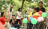 장애인 어린이들 지원, 현지 교육서비스 접근