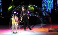 세계의 유명 버블 예술인 Fan Yang(팬양), 베트남에 공연한다