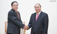응우옌 쑤언 푹 (Nguyễn Xuân Phúc) 총리, 미얀마 국제협력 장관 접견