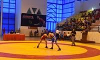 350명의 운동선수, 2019년 전국 레슬링 대회 참가