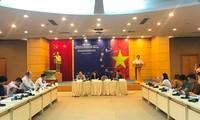 응우옌 쑤언 푹 (Nguyễn Xuân Phúc) 총리, 국가 공업화 및 현대화 단계의 전력부족 현상에 대한 철저 대비를 당부