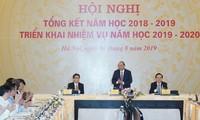 응우옌 쑤언 푹 (Nguyễn Xuân Phúc)총리, 2019-2020년 업무시행 회의 참여